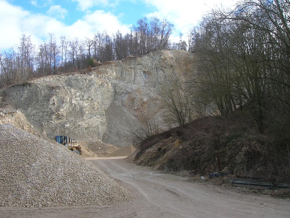Steinbruch Oppertshofen überkippte Fremdscholle Ries
