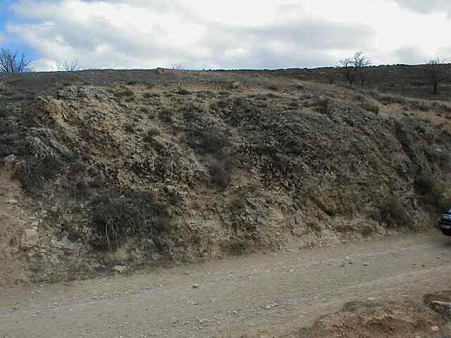 disloziierter brekziierter Block bei Cucalón