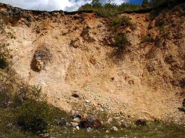 völlig vergrieste Fremdscholle des Ries-Kraters