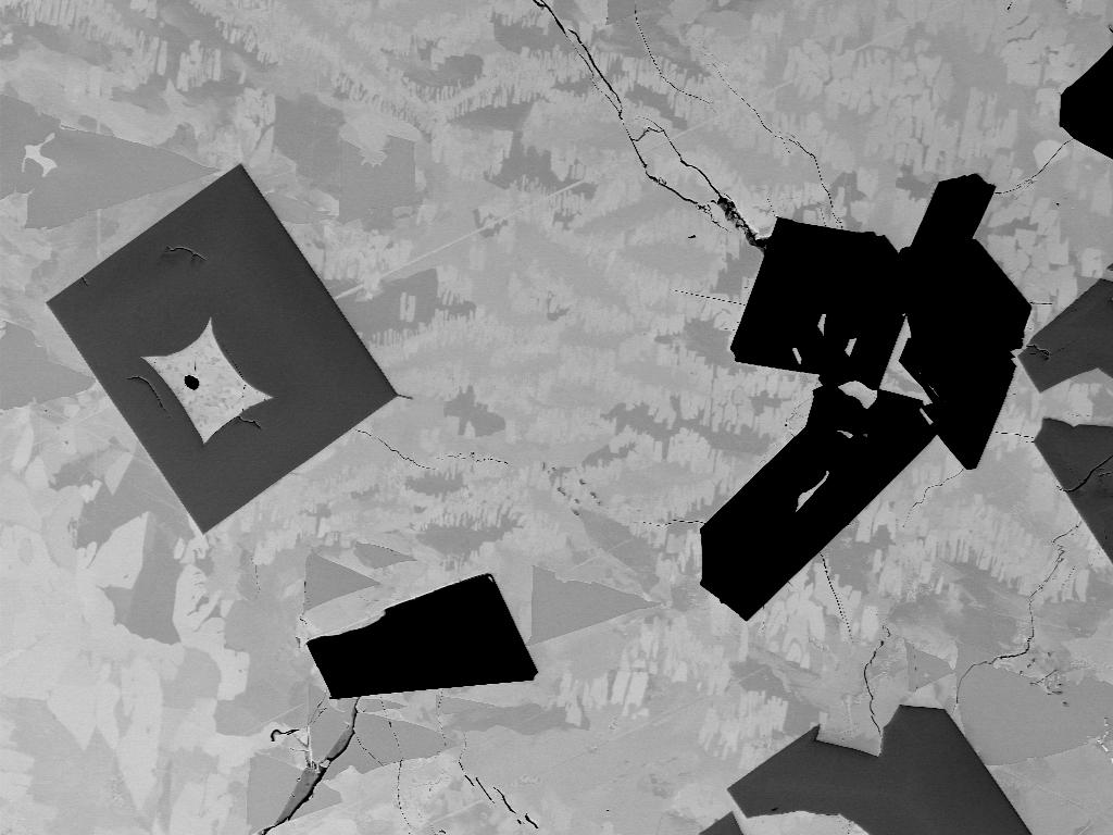 EBSD, Xifengit-, Gupeiit- und Hapkeit(?)-Matrix mit Moissanit- und Titankarbid-Kristallen, Chiemgau-Impakt